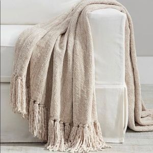 PB Chenille Hand Knotted Fringe Throw - Flax